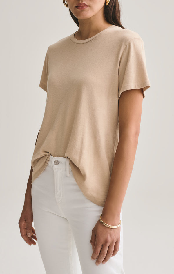 Mariam Classic Fit Tee in Noodle