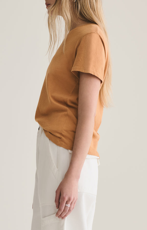 Mariam Classic Fit Tee in Umber