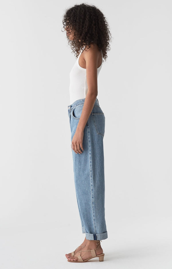 baggy mid rise pleated oversized jean lark back
