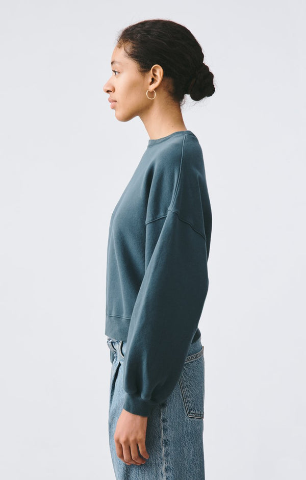 balloon sleeve sweatshirt seawater back