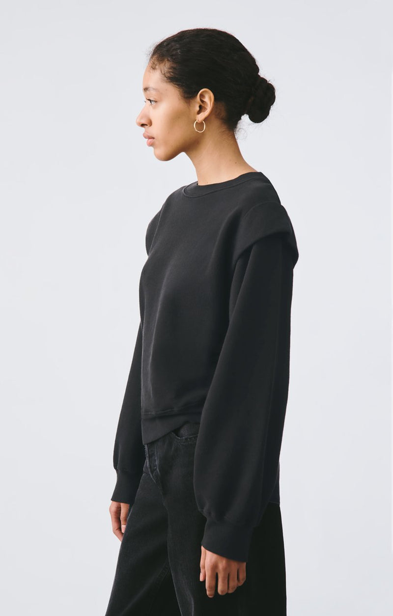 80s pleated shoulder sweatshirt beltway back