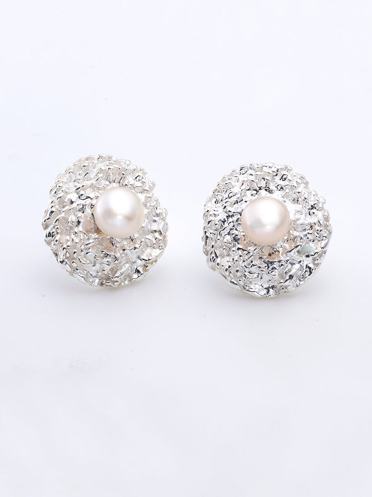 Sparkling Studs with Natural Pearls