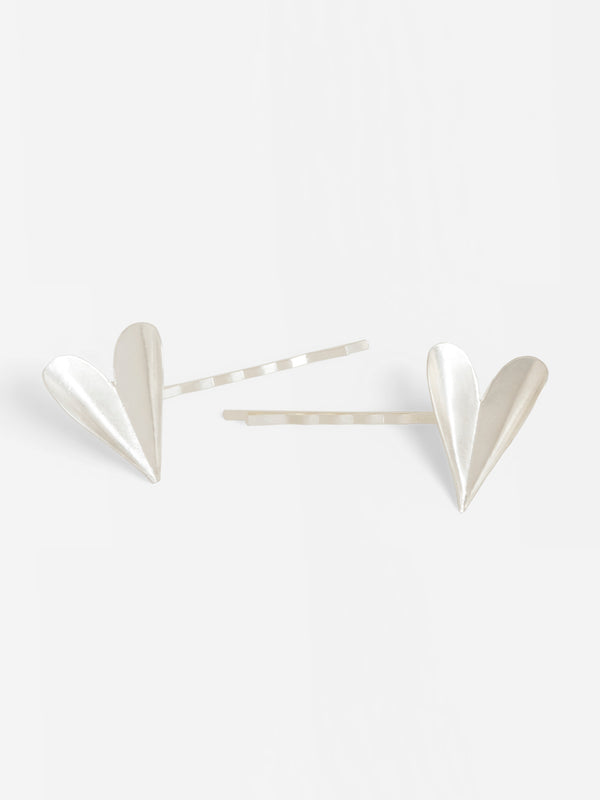 FOLDED HEART HAIRPIN