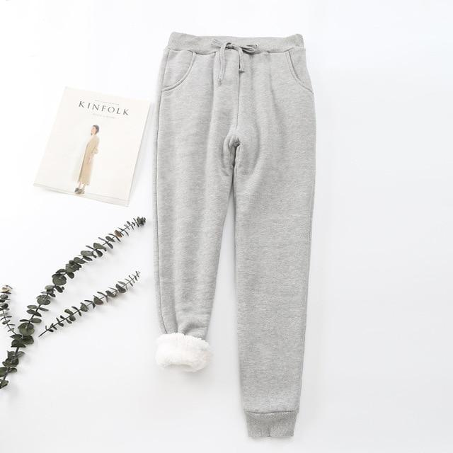 Warm Cotton Sweatpants with Pockets - Clearance Sale - Viki Body
