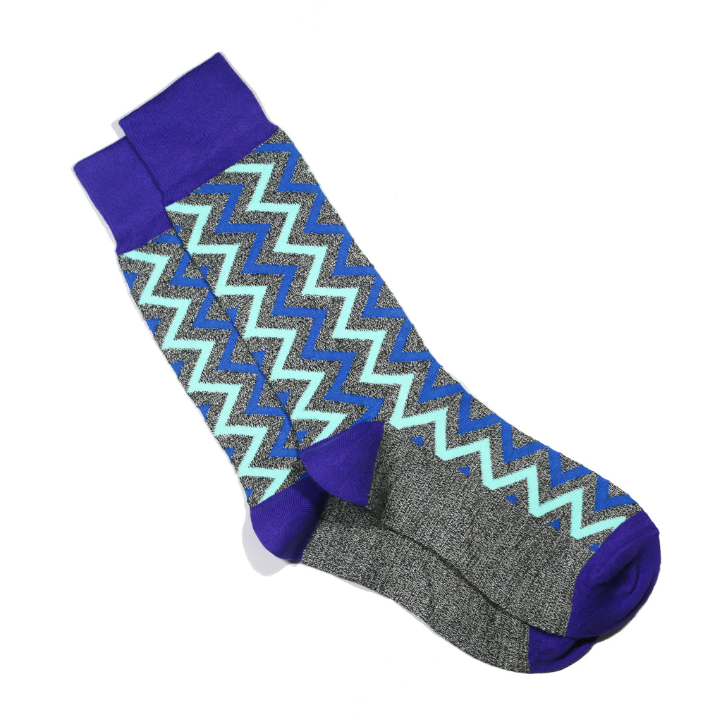CHARCOAL ZIGZAG SOCKS