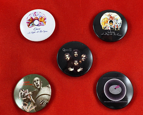 Let it Be - Music Merch: Queen Pack of 5 assorted Button Badges