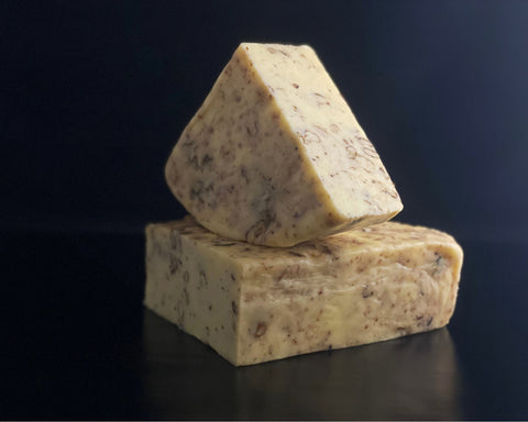 Matthew's Cheese: Cheddar and Walnuts - 250g