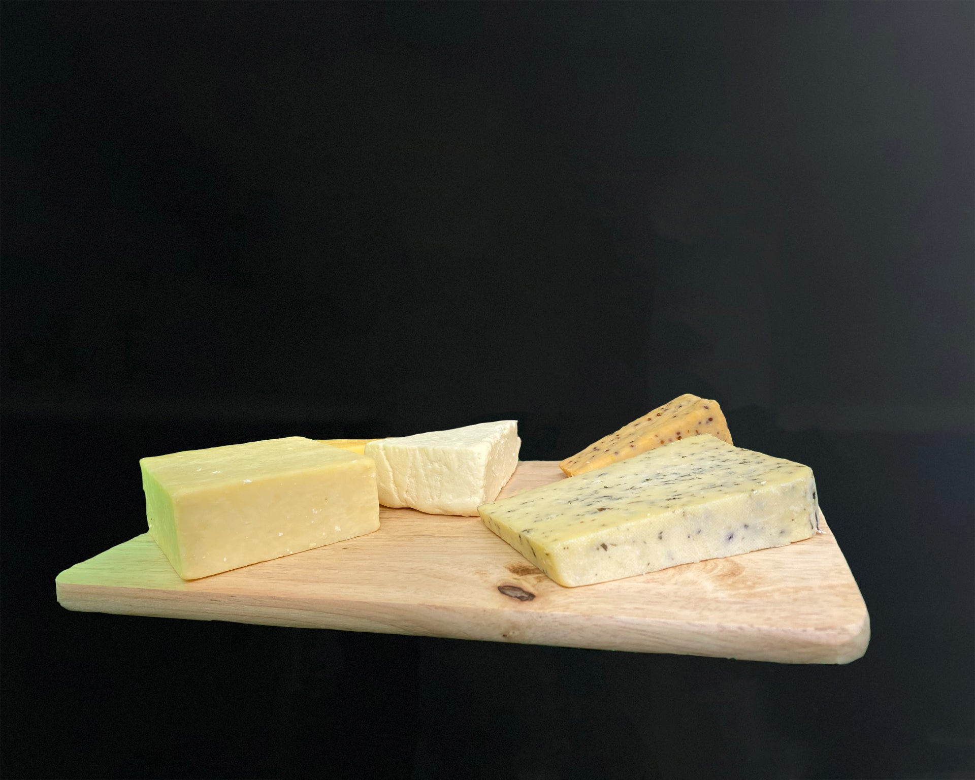 Matthews Cheese - Smoked, Strong and more