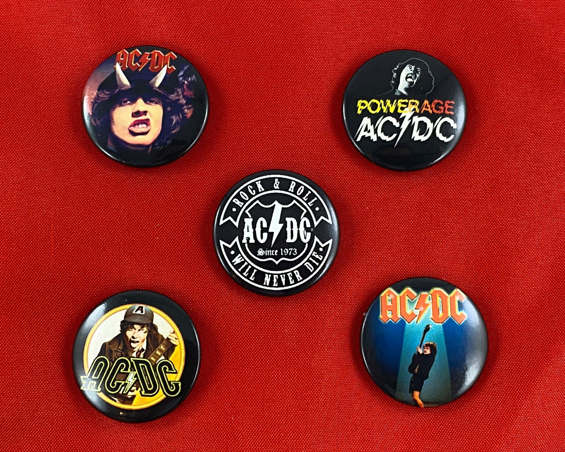 Let it Be - Music Merch: AC/DC Highway to Hell Pack of 5 assorted Button Badges