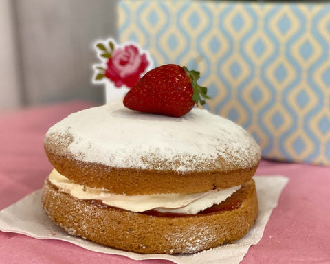 The French Oven: Fresh Cream Sponge