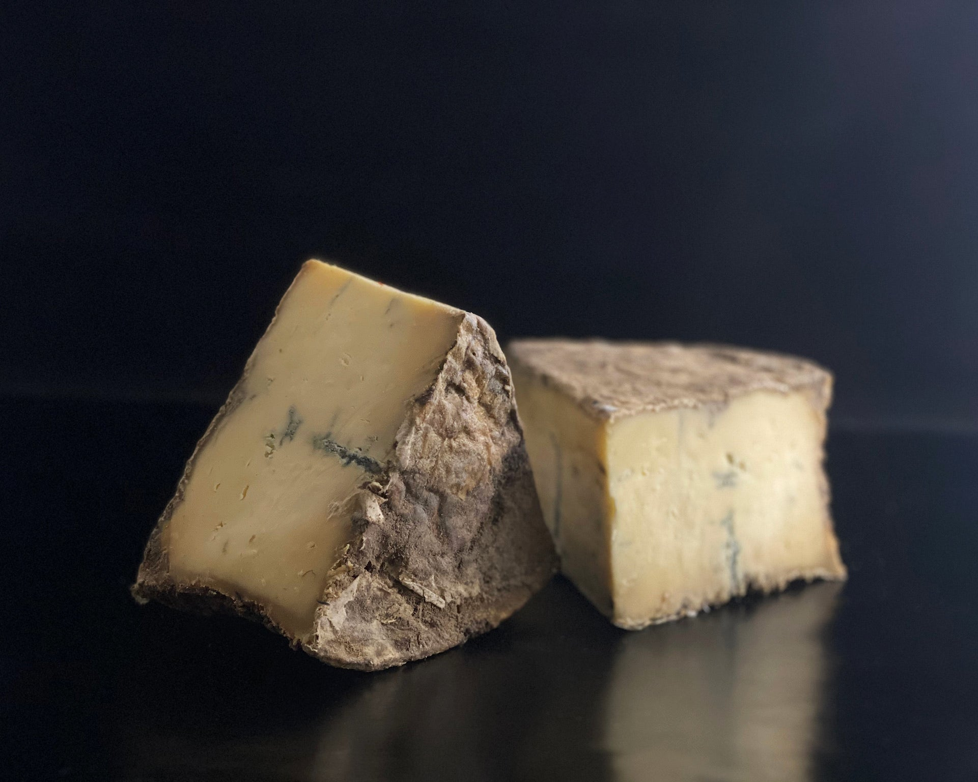 Matthew's Cheese: Doddington Darling Blue - 250g