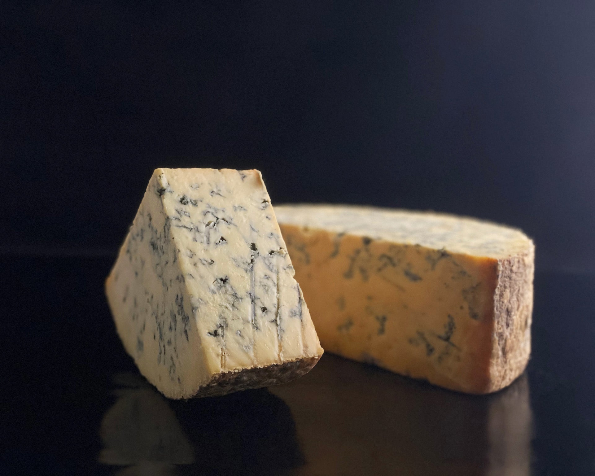 Matthew's Cheese: English Smoked Blue Stilton - 250g