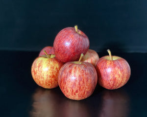 Hector Hall: Selection of Apples - 800g