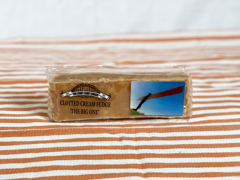 Northern Delicious : The Canny Candy Gadgies – The BIG One, Clotted Cream Fudge Bar (min 280g)