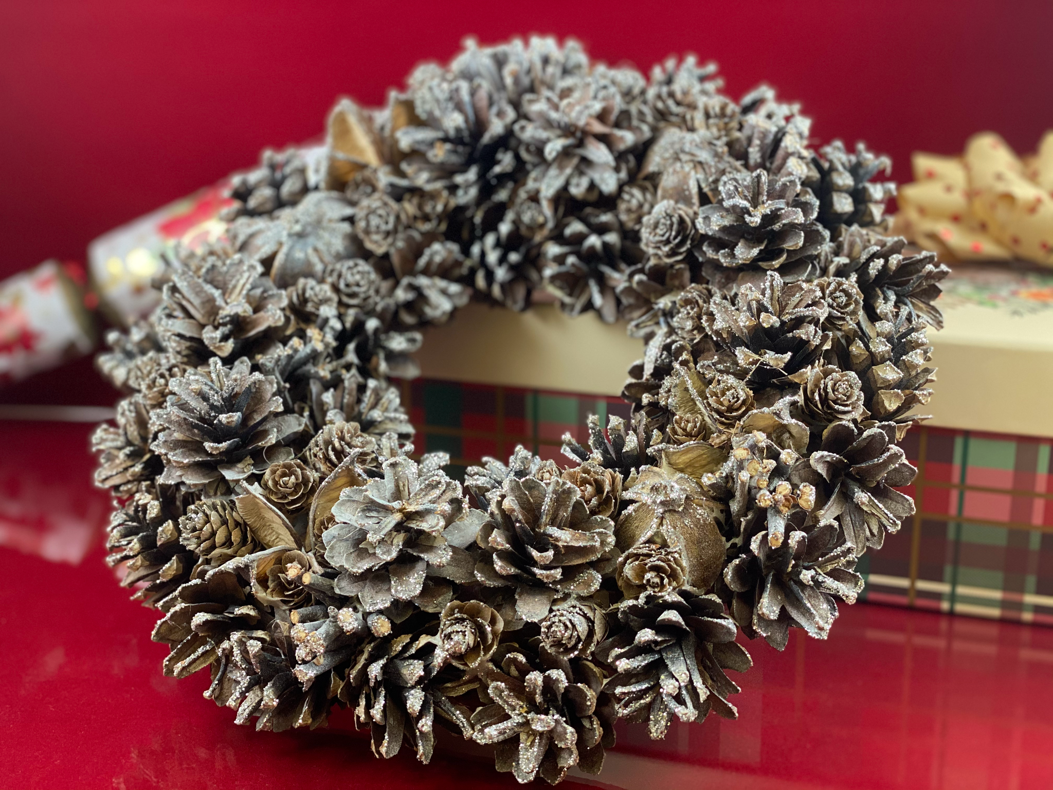 Hector Hall: Silver Sparkle Christmas Wreath
