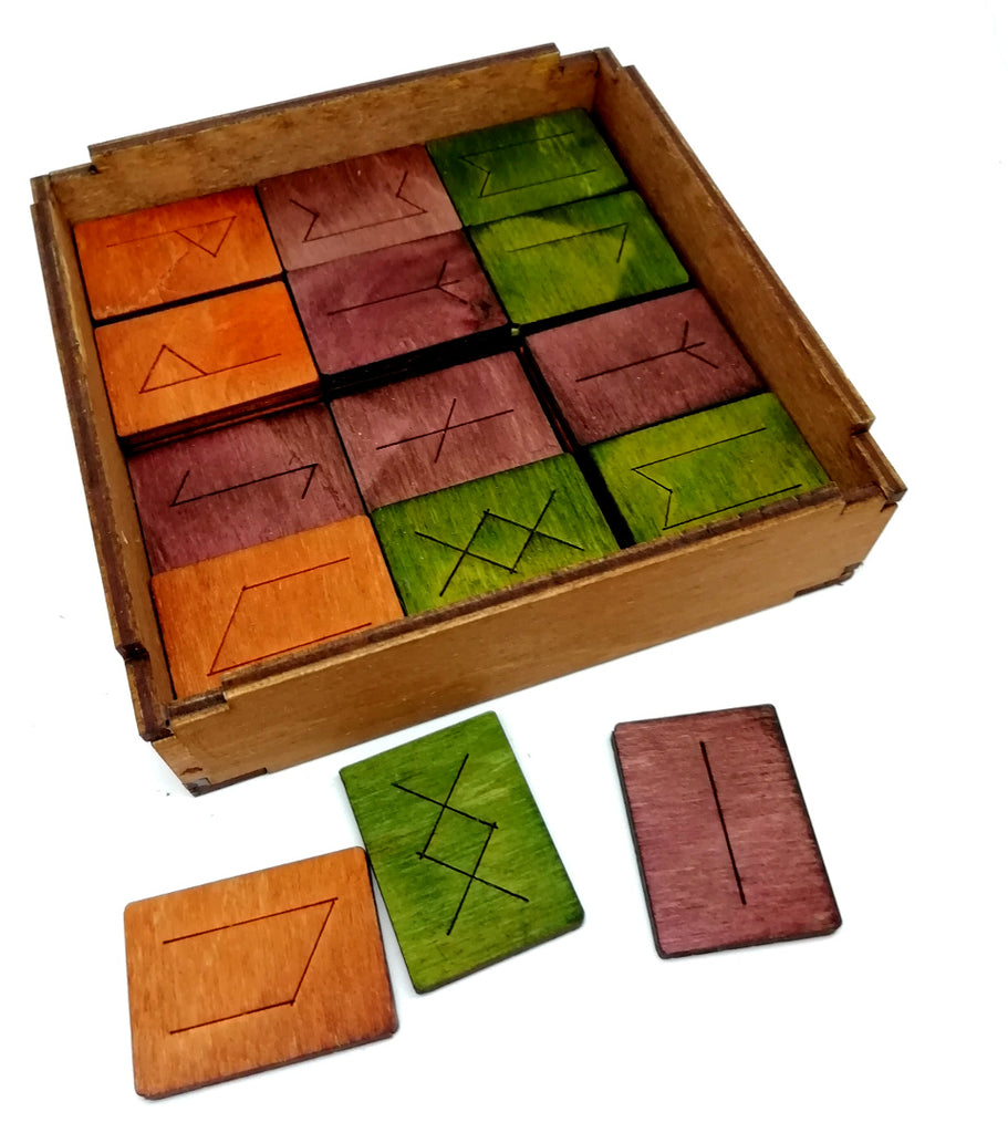 handmade board game for Christmas in Intuita