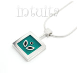 High Fashion Style Sterling Silver And Turquoise Plexi Necklace