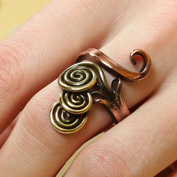 Fantasy Style Copper & Brass Cornucopia Ring Forged by Hand, Size 53 (US 6 1/2)