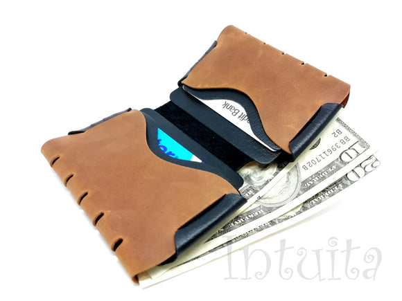 Light Brown Seamless Leather Wallet Intuita