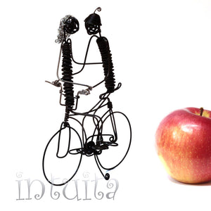 Lovers On Bicycle Wire Figurines