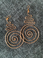 Load image into Gallery viewer, Spiral Copper Hoops