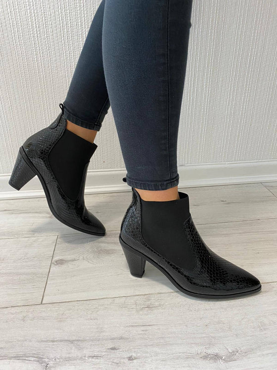 Hispanitas Black Leather Cone Heel Boots