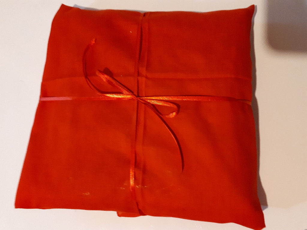 Broadcloth 100% cotton red HALF METRE with finished edges and a SILK RIBBON