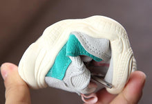 Load image into Gallery viewer, Retro Sneaker - BbiesShoes | Official Site  babyclothes babyshoes babyfashion toddlersclothes