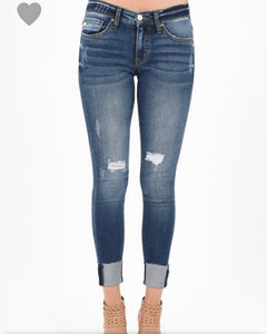 Kan Can medium wash distressed jeans