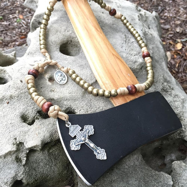 Outdoorsman Full-Size Paracord Rosary + Pouch (Classic Style)