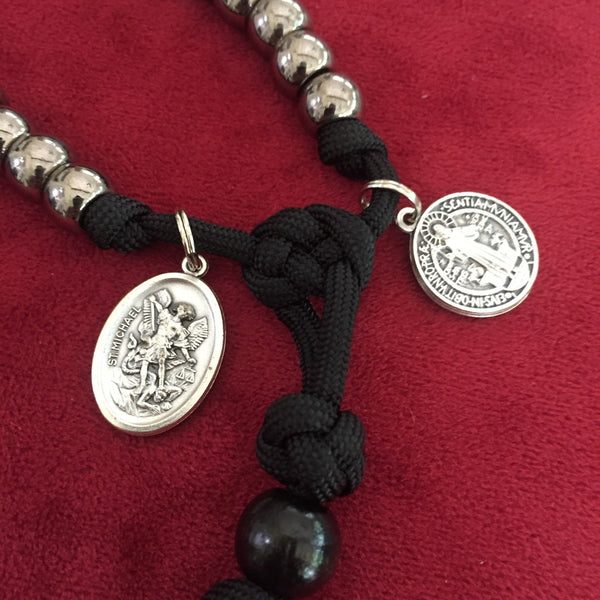 Disciplined Servant Full-Size Paracord Rosary + Pouch