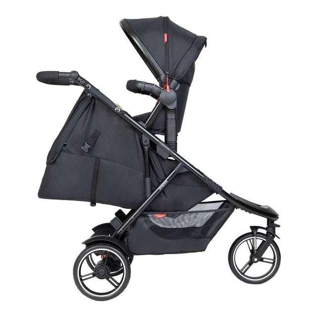phil&teds dot inline buggy with double kit in parent facing and sling seat in lie flat for newborn