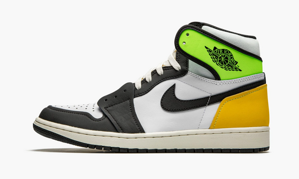 "Air Jordan 1 Retro HIGH OG ""Volt Gold"" - 555088 118"