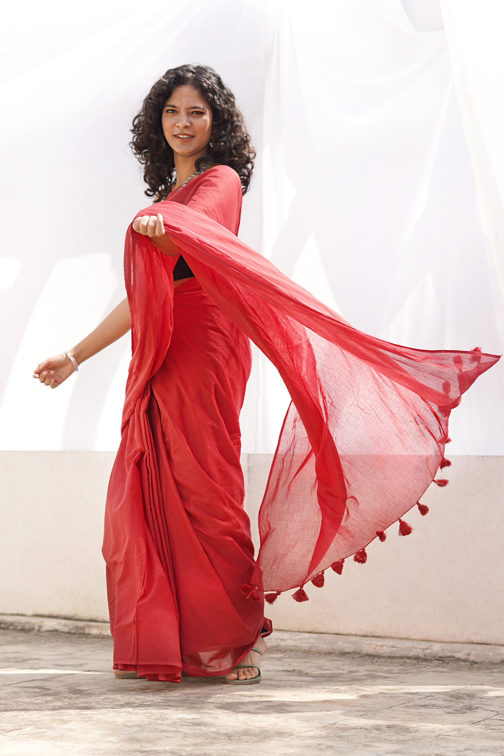 Teejh Sangria Red Mulmul Cotton Saree