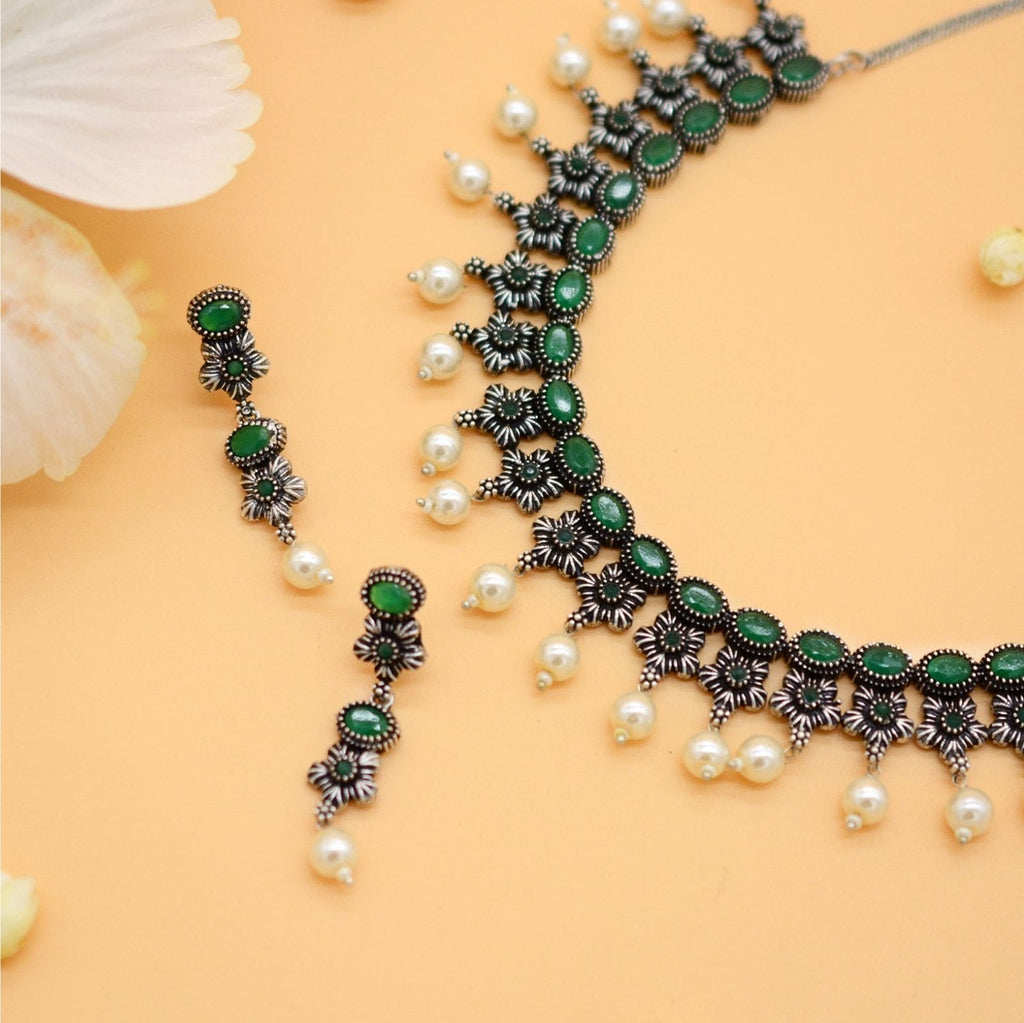 Ekladh Green Stone Silver Pearl Necklace Set - Teejh