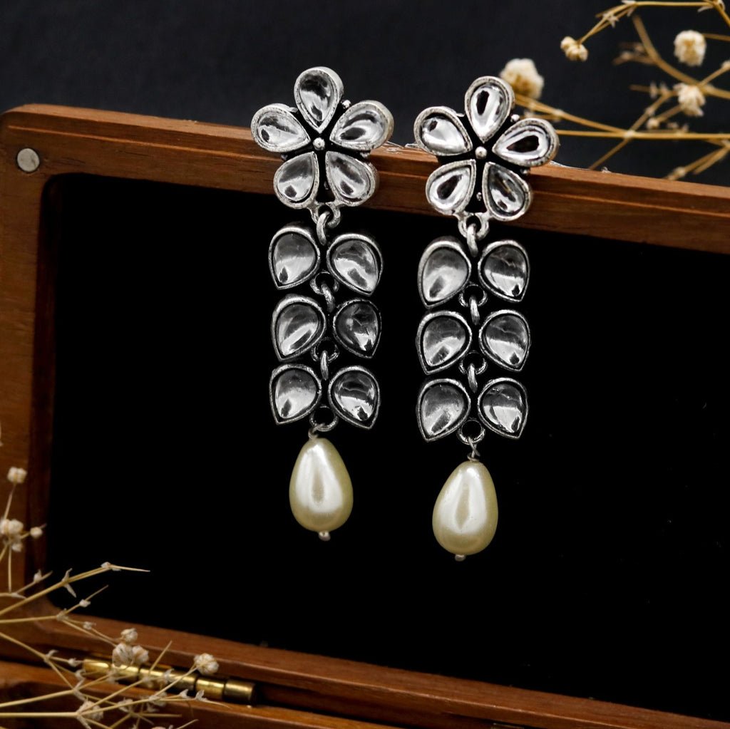 Triguna Floral Polki Silver Oxidized Earrings - Teejh