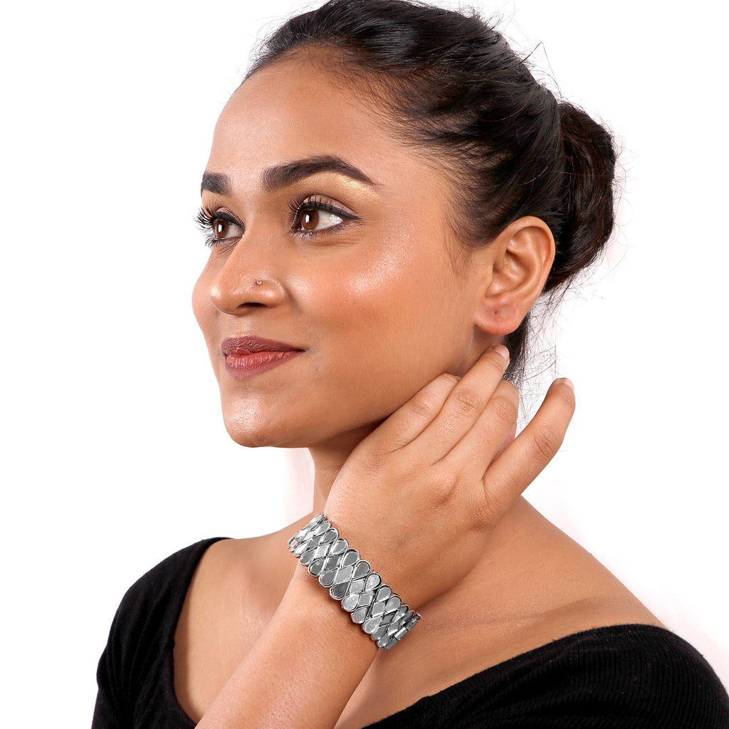 Umang Silver Oxidized Mirror Bangle - Teejh