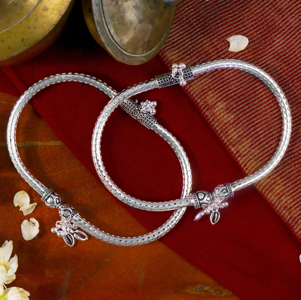 Teejh Cylindrical Silver Oxidized Charm Anklets
