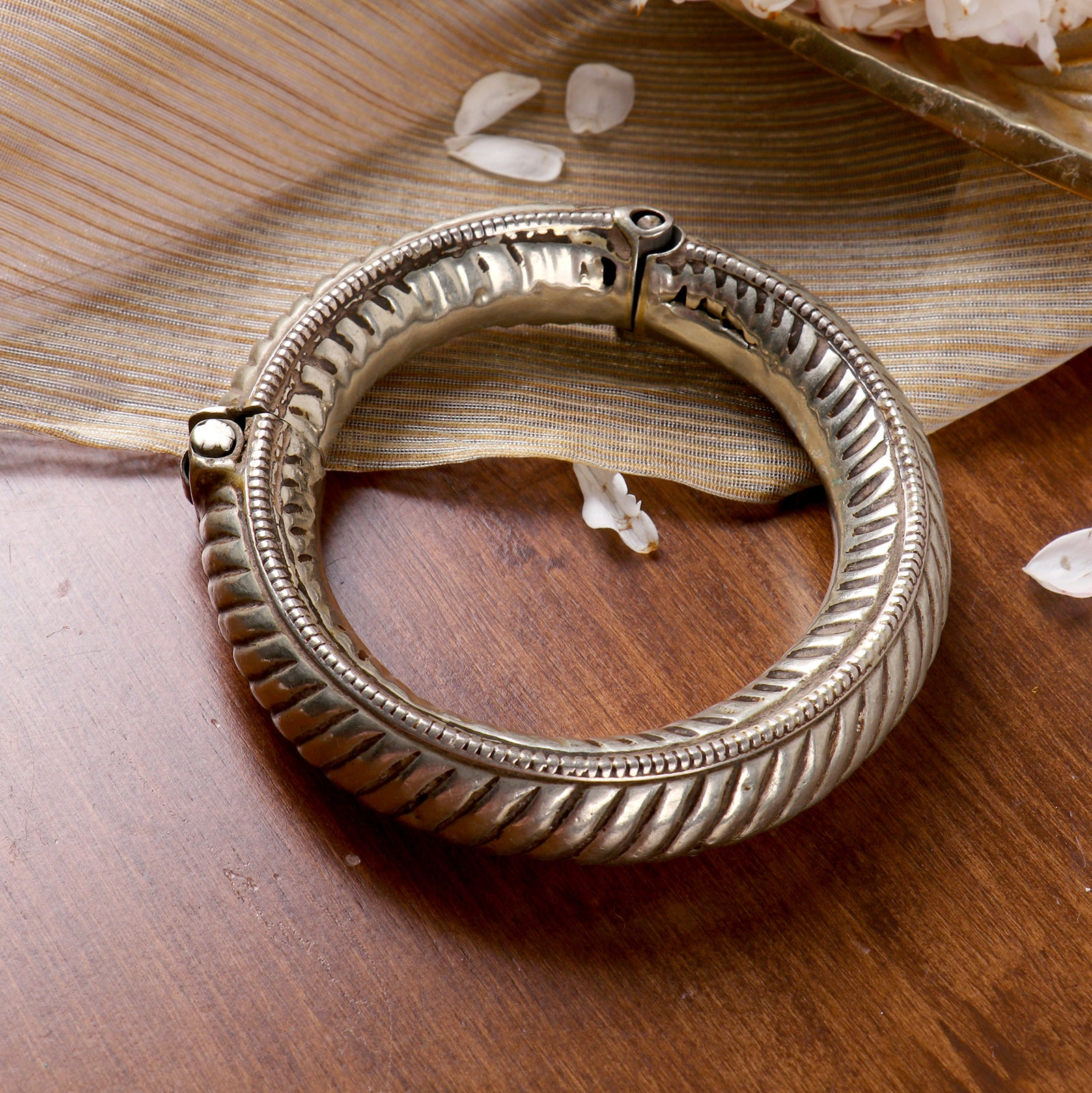 Teejh Miraya Banjara Bangle