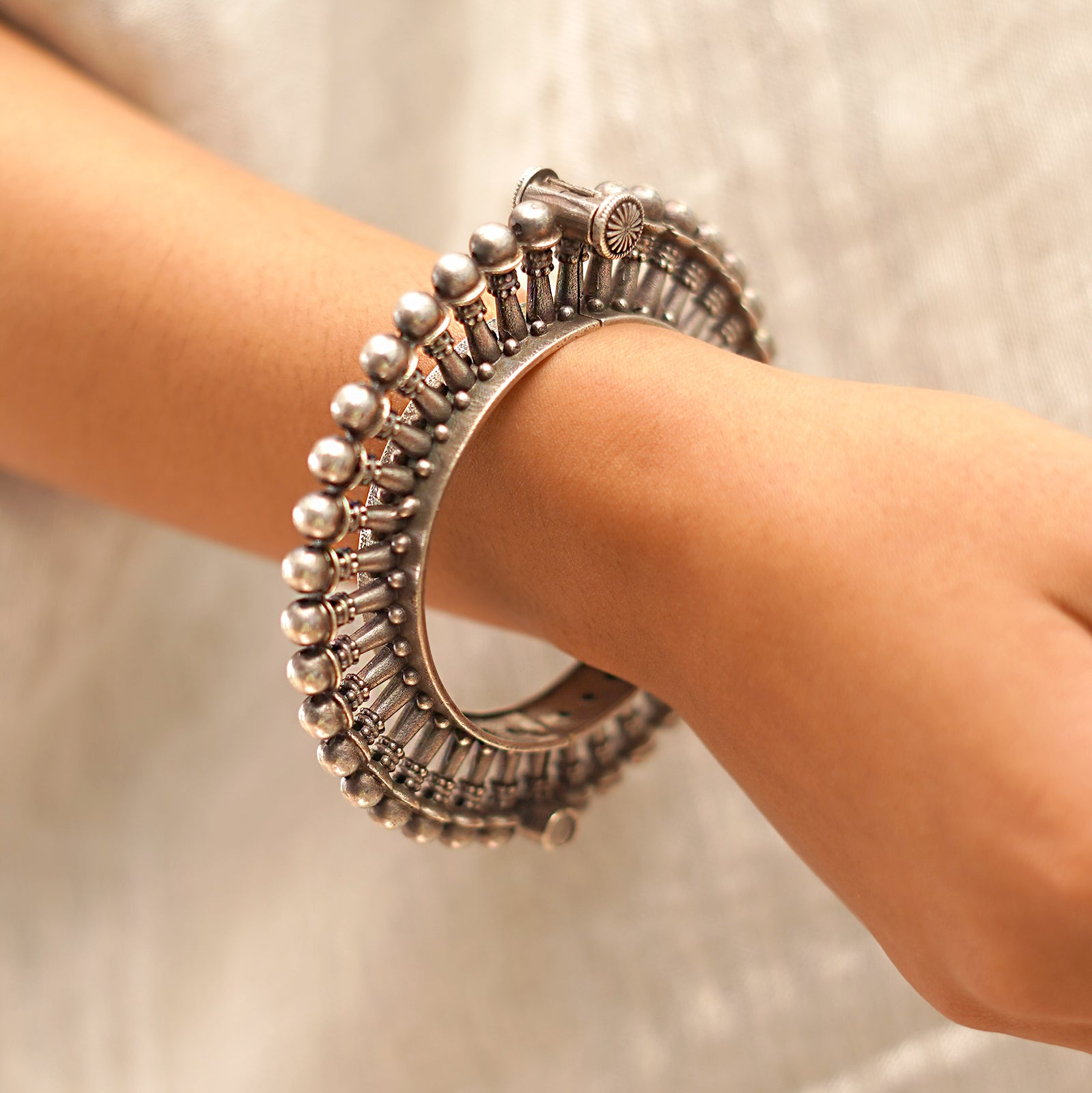Teejh Jeni Silver Oxidised Bangle
