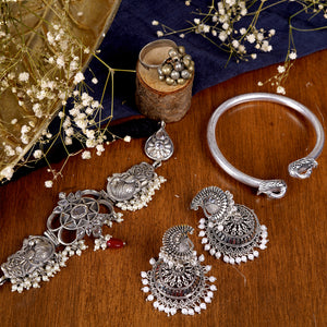 Teejh Shanaya White silver Oxidized Jewelry Gift Set