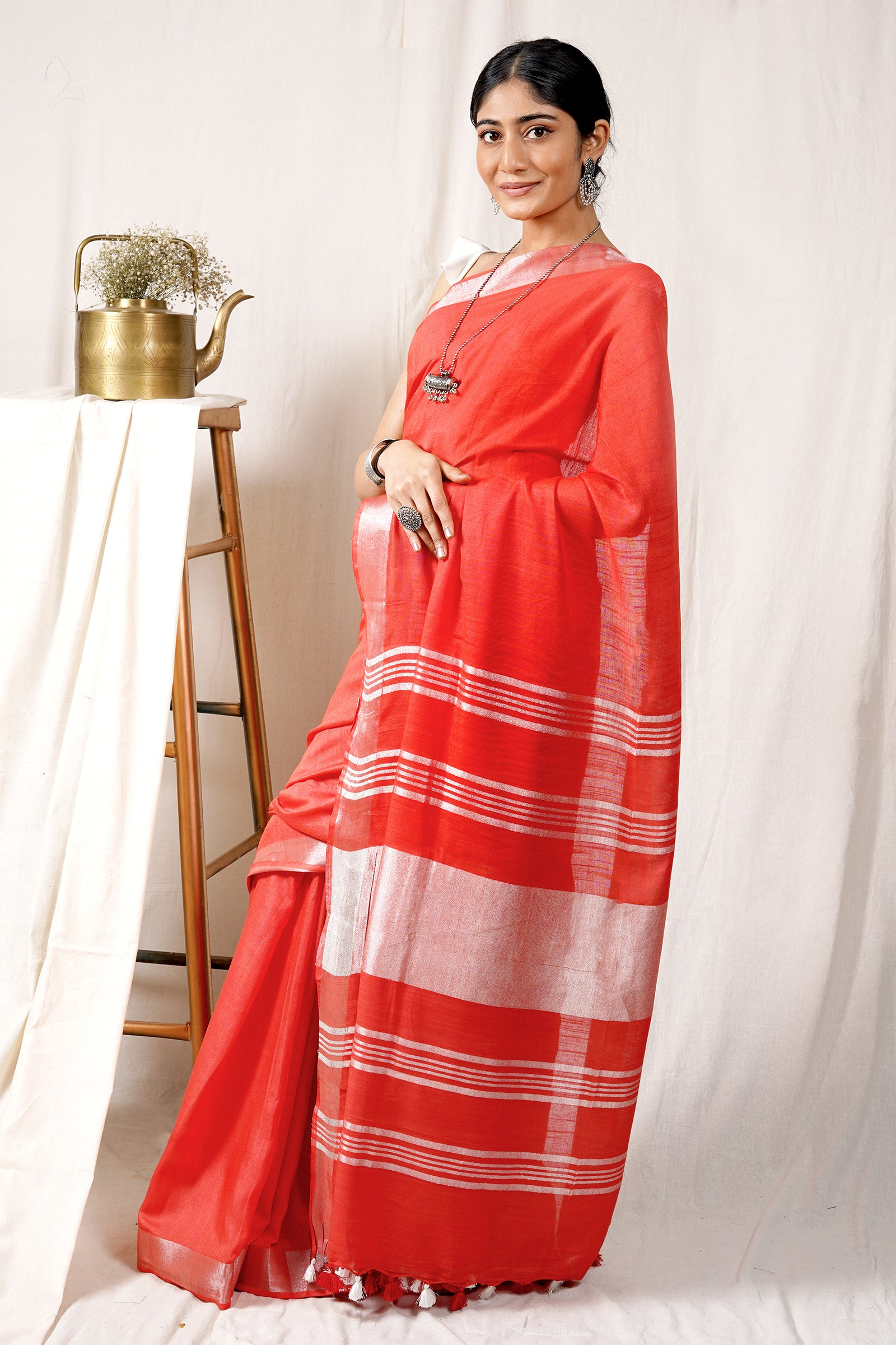 Teejh Desire Red Cotton Linen Zari Silk Saree