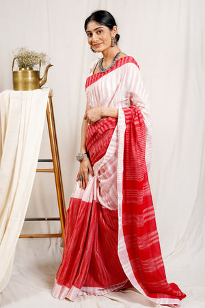 Teejh Twinkle Khanna Saree & Jewelry Gift Set