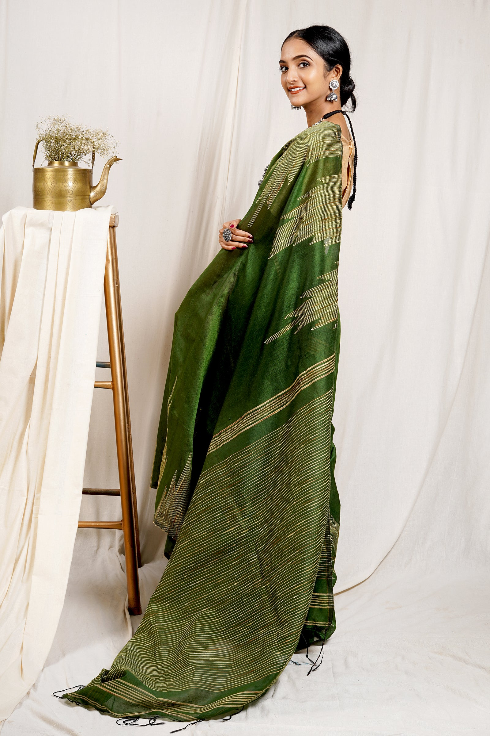 Teejh Basil Green Handloom cotton Silk Temple Work Saree