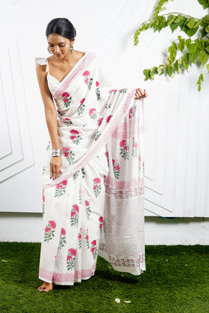 Teejh Gulaabon White & Red floral Print Mulmul Cotton Saree