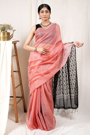 Teejh Hema Malini Saree & Jewelry Gift Set