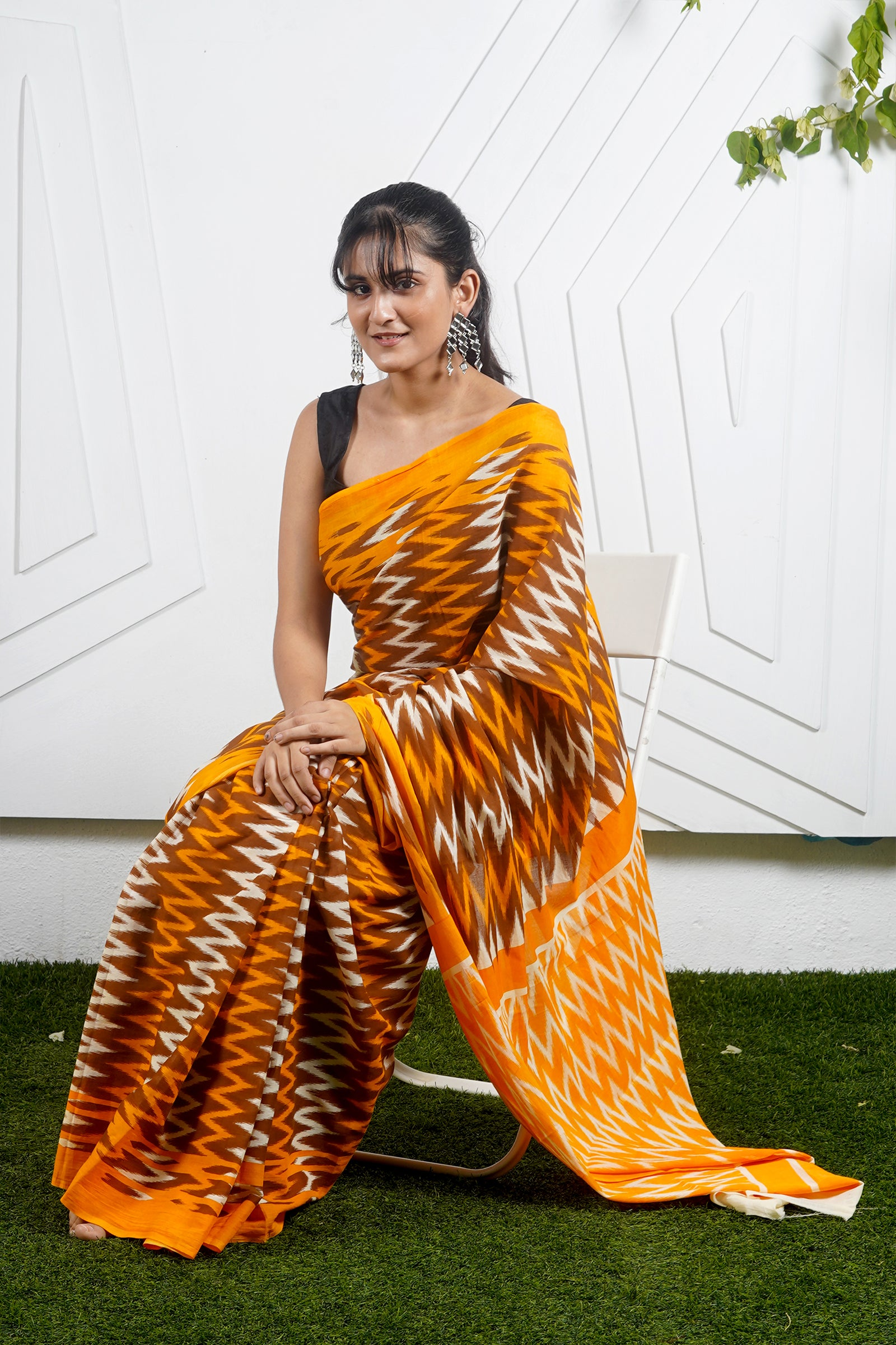Teejh Orange Candy Zig Zag Print Mulmul Cotton Saree