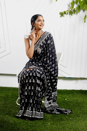 Teejh Baag Black & White Hand Block Print Mulmul Cotton Saree