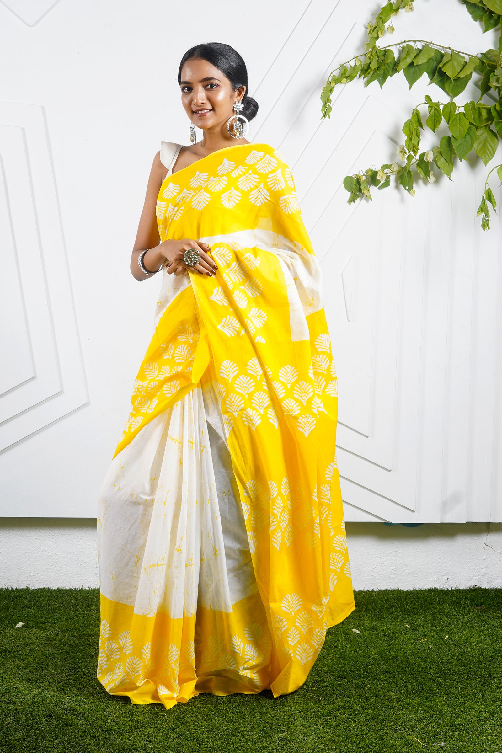 Teejh Baag Yellow & White Hand Block Print Batik Mulmul Cotton Saree