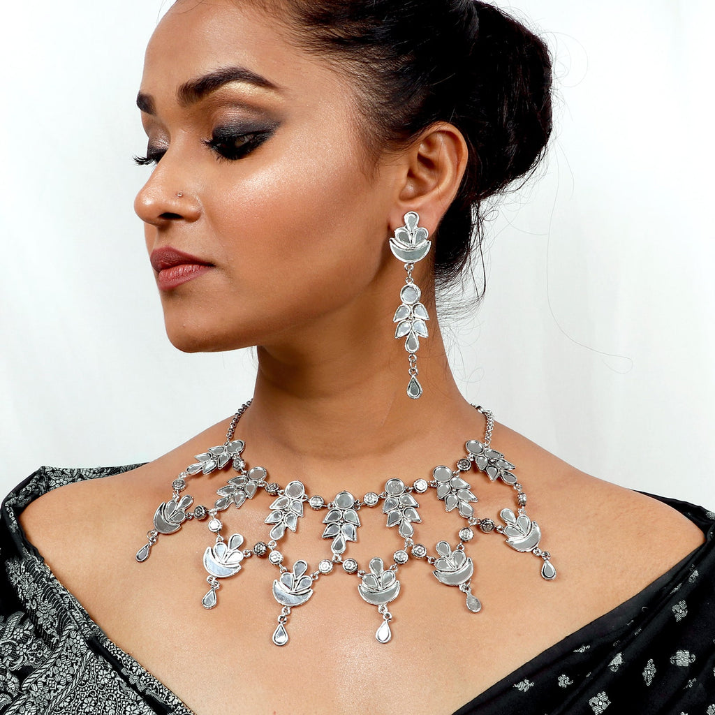 Niraj Silver Oxidized Mirror Necklace Set - Teejh